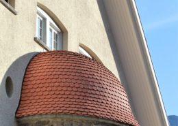 Biberschwazziegel-Kuppe, altes Schulhaus Bürglen
